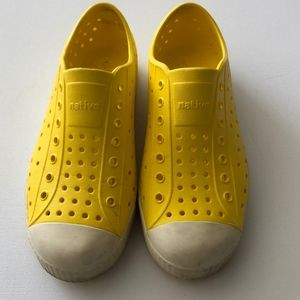 Native Kids Yellow Rubber Shoes Size Junior 3